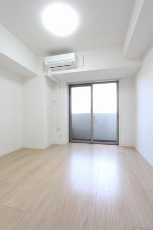 参考写真:洋室(5階・別タイプ)