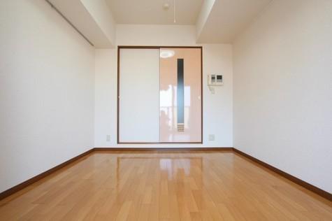 参考写真:洋室(10階・別タイプ)