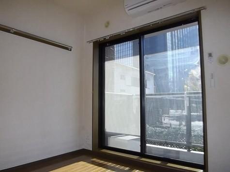 レジデンス・ド・レイーヌ / 201 部屋画像2