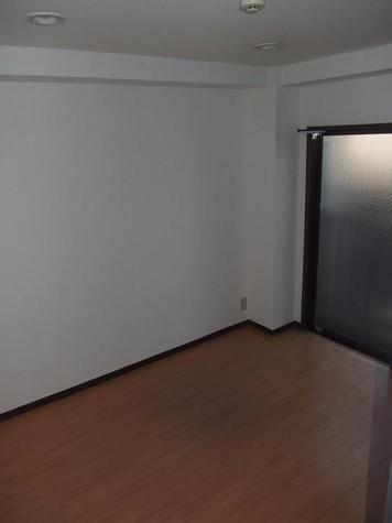 モモス・大京町 / 2階 部屋画像2