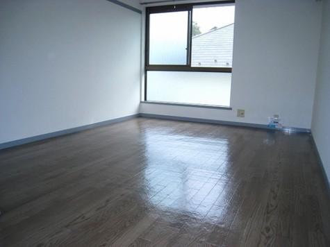 フラットK / 2階 部屋画像2
