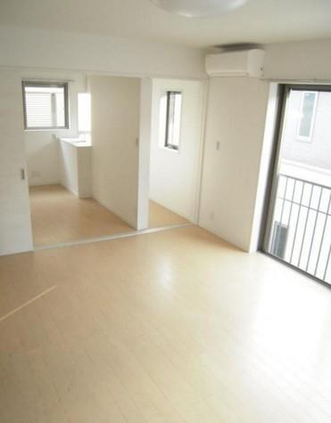 下目黒4丁目新築アパート / 2階 部屋画像2