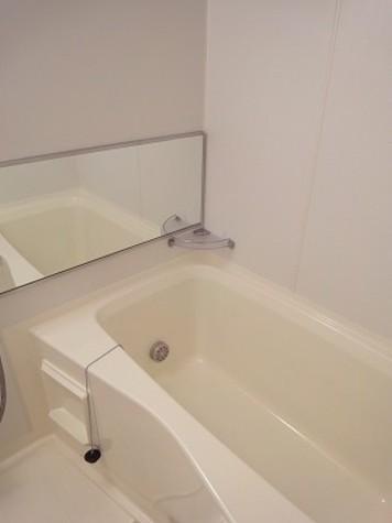 追い焚き・浴室乾燥機付き