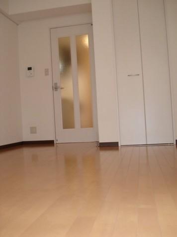 ベルパラーゾシロカネ / 7階 部屋画像3