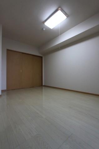 洋室 ②※同じタイプの写真になります
