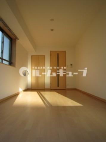 シャンティオンV / 8階 部屋画像3