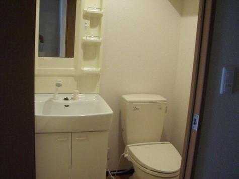 トイレ&独立洗面台