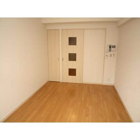 ヴェルステージ関内 / 7階 部屋画像3