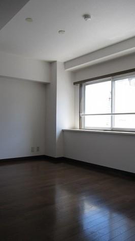 メゾン・デュ・オーラ山下町 / 9階 部屋画像3