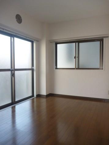 ジンマンション / 2階 部屋画像3