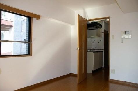 ルーブル恵比寿サウスガーデン / 4階 部屋画像3