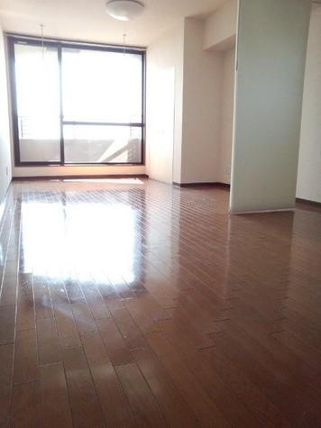居室(床:フローリング)
