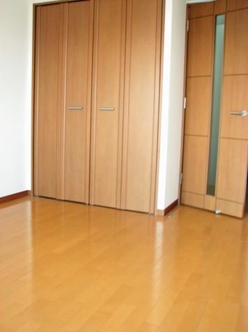 エクセル東神奈川 / 9階 部屋画像3