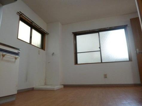 第3コーポ丸二ビル / 1階 部屋画像3