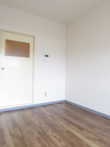 パルポート鶴見 / 1階 部屋画像3