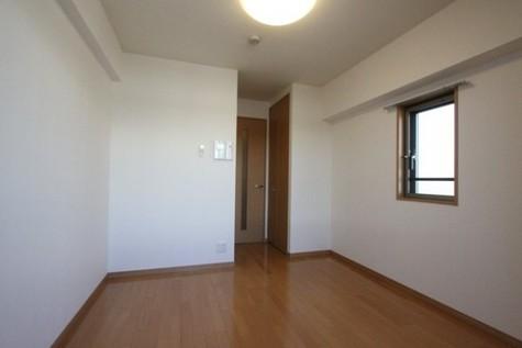 エルエー・ラルス海岸【LA.ラルス海岸】 / 8階 部屋画像3