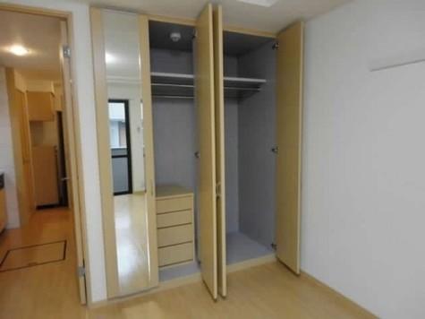 カサデセントロ横浜 / 4階 部屋画像3