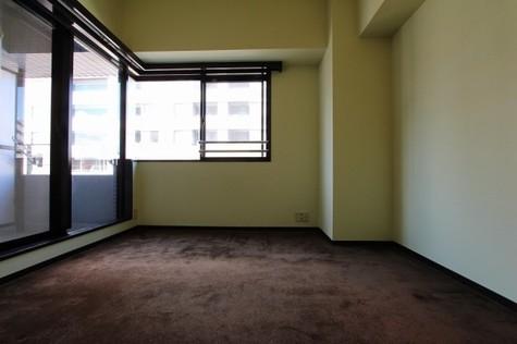 参考写真:洋室(7階・反転タイプ)
