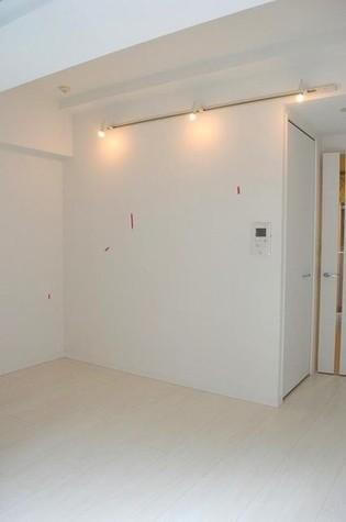 クレイシア新宿御苑前 / 10階 部屋画像3
