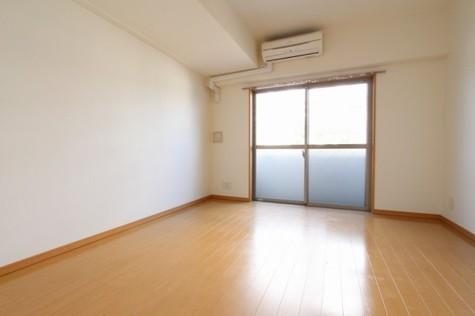 参考写真:洋室(2階・別タイプ)