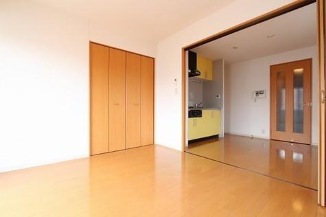 参考写真:洋室~ダイニング(3階・別タイプ)