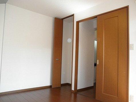 パークサイドK / 1階 部屋画像3