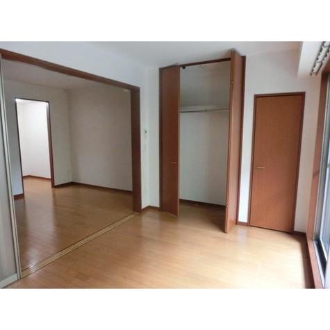 メゾン・ラフィーネ / 1階 部屋画像3
