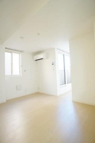 ウィステリアコート / 2階 部屋画像3