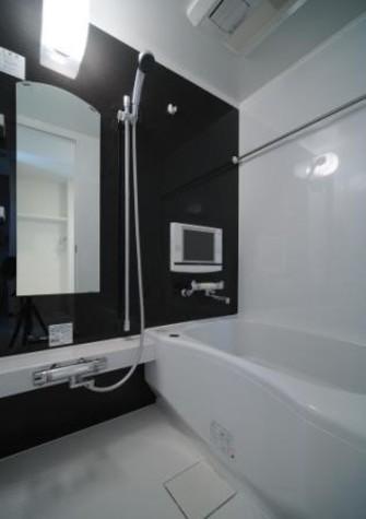 10.4インチ浴室TV完備。寛ぎのひとときを