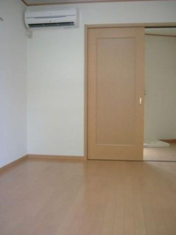 リーヴェルポート横浜子安Ⅱ / 2階 部屋画像4