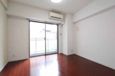 参考写真:洋室(4階・同タイプ)