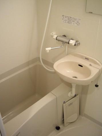 浴室乾燥機つきバスルーム♪