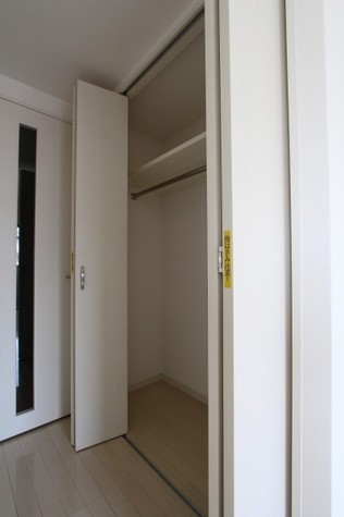 参考写真:クローゼット(8階・別タイプ)