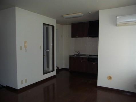 メゾン・デュ・オーラ山下町 / 9階 部屋画像4
