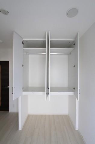 参考写真:収納(8階・類似タイプ)