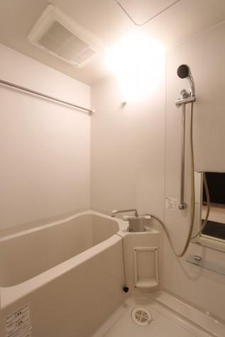 ラグジュアリーアパートメント御徒町 / 5階 部屋画像4