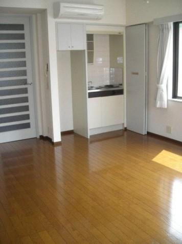 湯島アパートメントハウス / 5階 部屋画像5