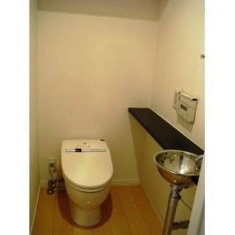 タンクレストイレです