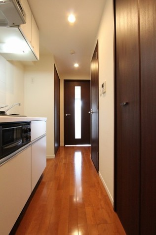 参考写真:廊下(3階・別タイプ)
