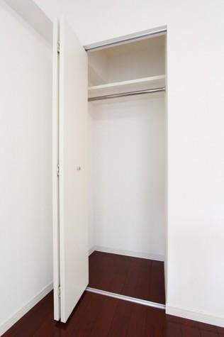 参考写真:クローゼット(4階・同タイプ)