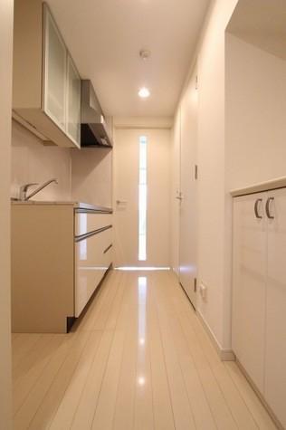 参考写真:廊下(8階・別タイプ)
