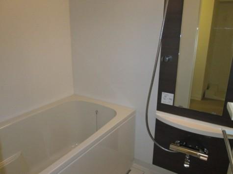 追い焚き機能付き浴室