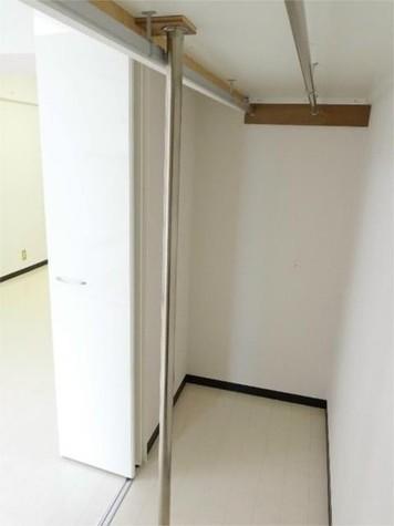 秀和新宿番衆町レジデンス / 4階 部屋画像5