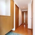 参考写真:玄関(7階・別タイプ)