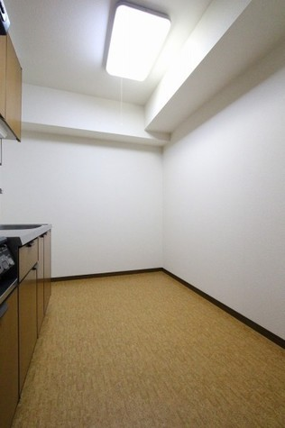 キッチン背面スペース