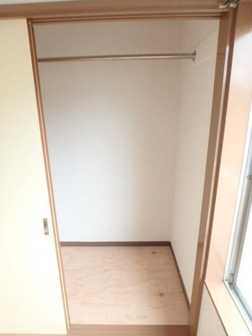 ファミールカツラ / 2階 部屋画像5