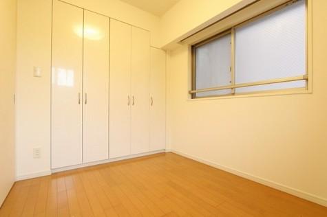 参考写真:洋室(3階・類似タイプ)