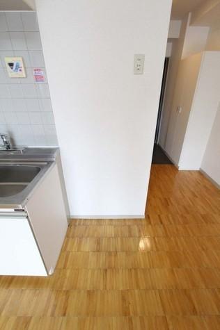 参考写真:冷蔵庫置場(5階・反転タイプ)