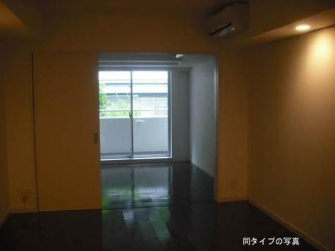 エスティメゾン東新宿 / 3階 部屋画像5