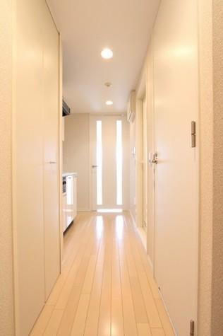 参考写真:廊下(7階・別タイプ)
